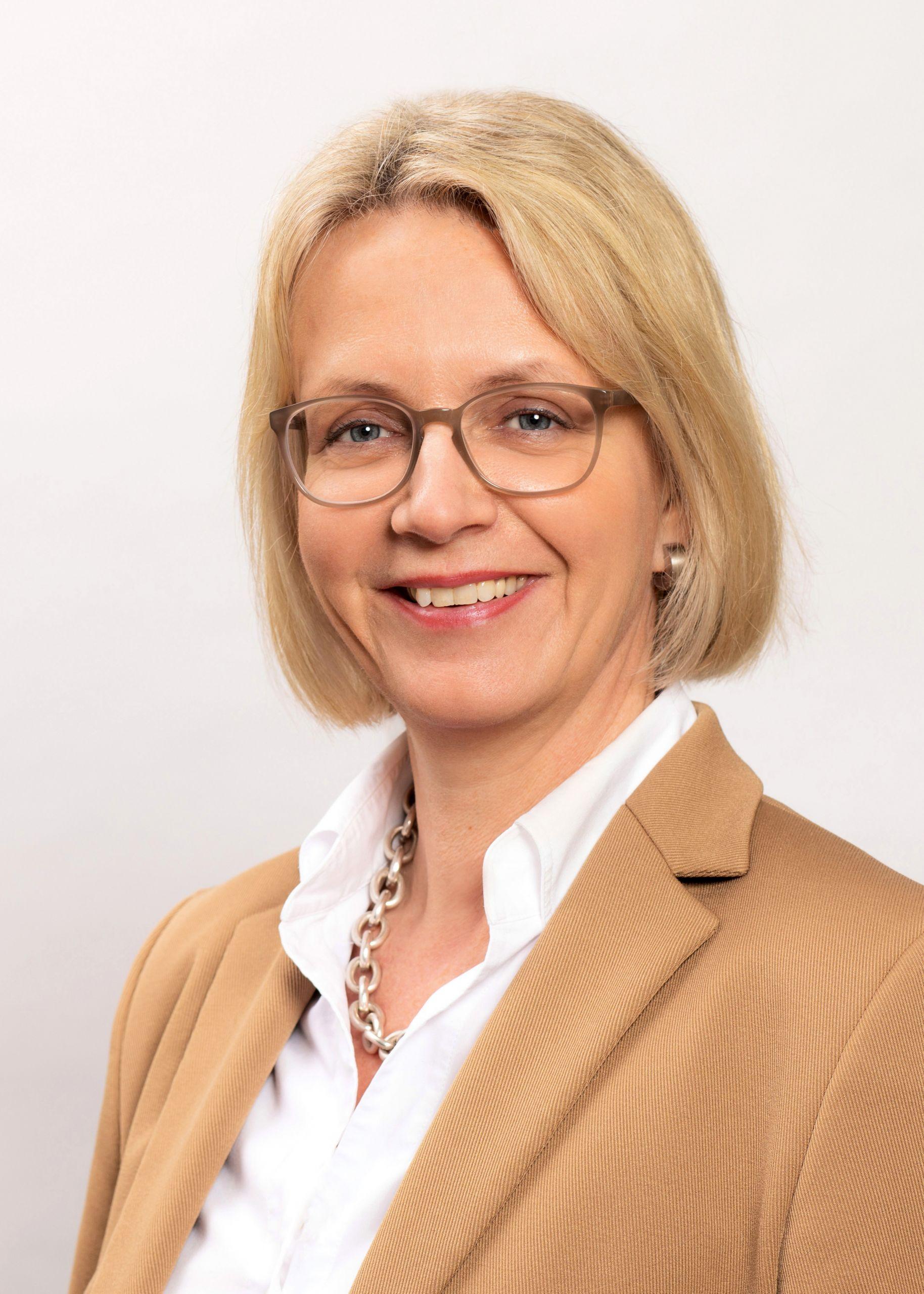 Nicole Schuffert